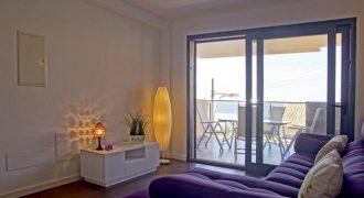 Neue und moderne Wohnung mit Meerblick