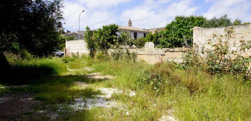 Solar urbano en el centro de Ses Salines