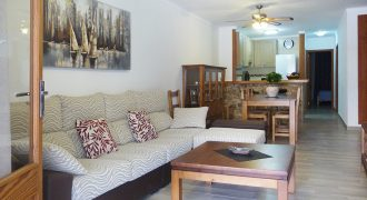 Fantastic apartment few meters from the beach and harbor