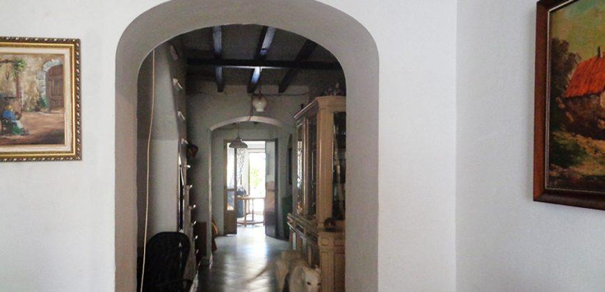 Casa Corral en el corazón de Campos para reformar