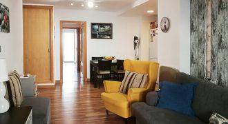 Fantastic ground floor apartment near harbor and beaches