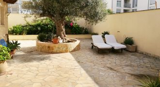 Beautiful townhouse in a very quiet area close to the sea