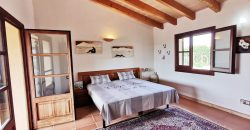 Fantastic finca on the outskirts of Colonia de Sant Jordi with views of the island of Cabrera.