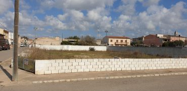 SALE OF 4 URBAN PLOTS IN SES SALINES.